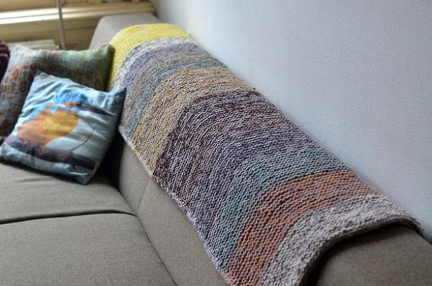 garter squish blanket 1