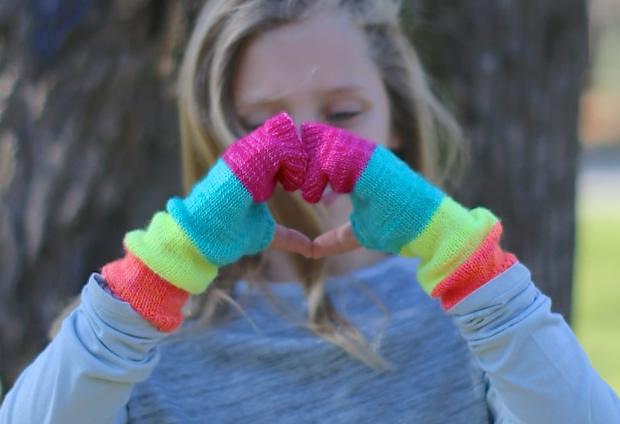 Colorblock handwarmers.jpg