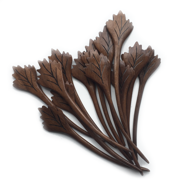 nature's wonders maple leaf shawl pins.png