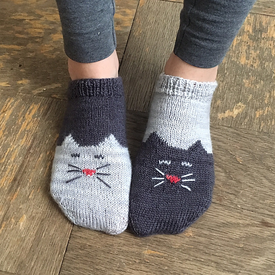 YinYang Kitty Ankle Socks 1.png