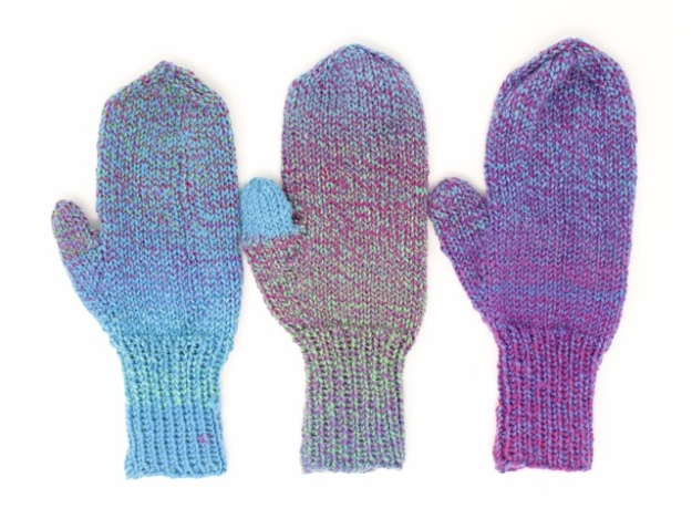 cascade 220 superwash wave mittens